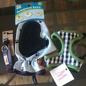 Accessories - NEW harness, collar, brush/glove for dogs
